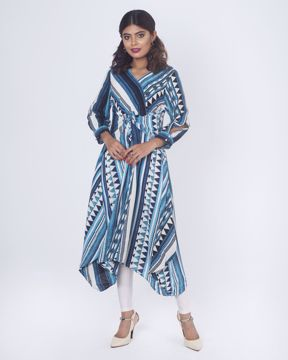 Picture of Knot Style Fusion Kurtis