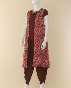 Picture of Girls Shalwar Suit