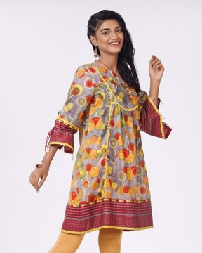 Picture of Womens Woven Fashion Long Tops